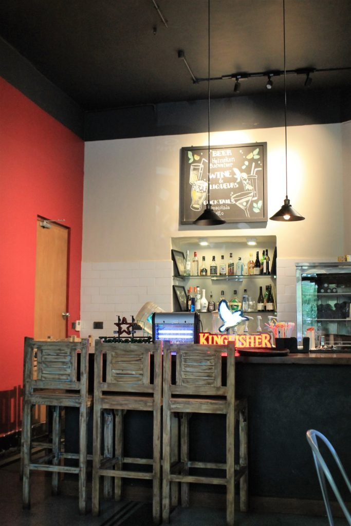 Cremeux Cafe and Bistro