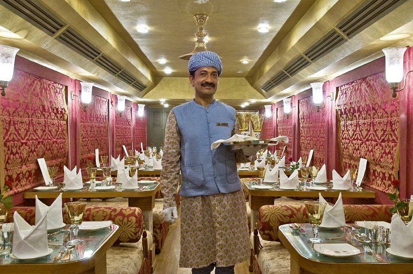 Maharani Restaurant - Palace on Wheels